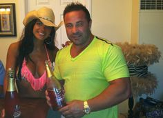 "Joe Giudice Trial: Teresa Giudice Is ""Freaking Out and Upset"" – Exclusive!"