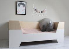 Kinderkamer Kasten Mostros : 283 best the perfect home: nursing images babies nursery baby