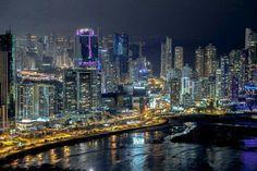 Panamá de Noche