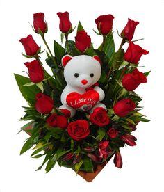 Valentine Flower Arrangements, Rose Flower Arrangements, Valentines Flowers, Beautiful Flowers Wallpapers, Beautiful Rose Flowers, Amazing Flowers, Happy Birthday Cake Photo, Red Centerpieces, Gift Bouquet