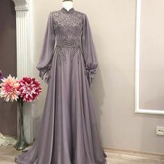 Belle Mariee Wedding Dresses on Instagr Hijab Evening Dress, Hijab Dress Party, Hijab Style Dress, Dress Brokat, Kebaya Dress, Modest Dresses, Simple Dresses, Dresses Dresses, Abaya Fashion