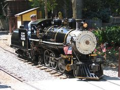 Billy Jones Wildcat Railroad Engine # 2, one of 3 miniature steam locomotives serving the Venice Miniature Railroad attraction in Southern California from 1905 to 1925. Saved from the scrap boat to Japan in 1939, Jones restored it and ran it on his private Wildcat Railroad from the 40s until his death in 1968, after which the line moved to Oak Meadow Park in Los Gatos. Flickr photo by lazytom, shared under Creative Commons license, details @ http://creativecommons.org/licenses/by-nc-sa/2.0…