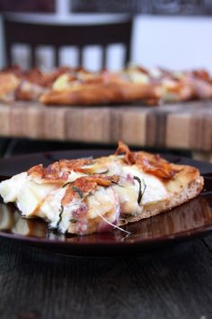 Apple Bacon Gouda Pizza.  Sounds really yummy for an autumn meal.