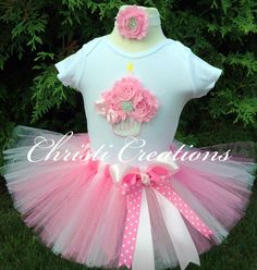 Hey, I found this really awesome Etsy listing at https://www.etsy.com/listing/200359656/pretty-pink-baby-girl-1st-birthday-tutu