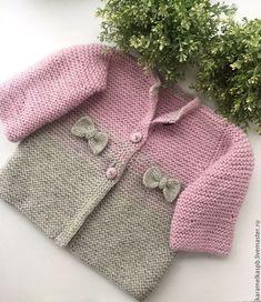 Купить Вязаное пальто для девочки.