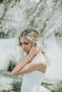 Flower Crown  Bridal Headpiece  Natural Wedding Hair Wreath