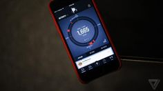 Wearables / CES 2015 - Under Armour takes on Nike with UA Record, an app for fitness junkies.