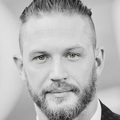 Tom Hardy in black and white photos Tom Hardy Wife, Tom Hardy Hot, Hello Gorgeous, Most Beautiful Man, Gorgeous Men, Beautiful People, Tommy Boy, Thing 1, Star Wars