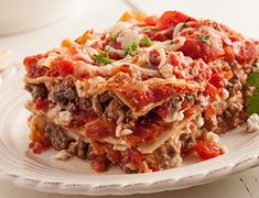 Love but not all the crazy calories? Try our version of this favorite and enjoy, guilt-free! Perfect Image, Perfect Photo, Beef Recipes, Cooking Recipes, Healthy Recipes, Love Photos, Cool Pictures, Skinny Lasagna, Lean Meals