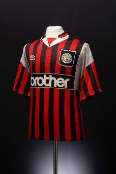 Manchester City Football Shirt (away, 1994-1996)