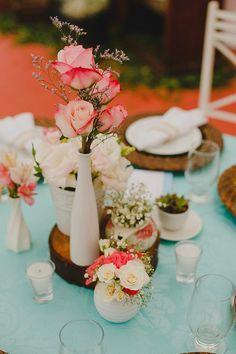 A Noiva de Botas - Linda palete  de cores. http://www.anoivadebotas.com.br/dalila-filipe-casamento-na-praia/