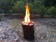 ▶ Swedish fire torch.One log fire. Neat trick for patio/camping - YouTube