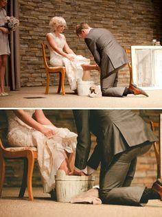 Elle & R Photography... Tiffany & John's wedding. Love the symbolism!