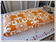Great tutorial for making no sew bench cushions.  I'm going to make some for our patio :)
