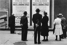 Rudy Burckhardt: People Looking at Political Posters on Street, Paris, 1934 ☮k☮
