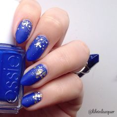 """""""Another shot of today's #mani. So simple yet looks so glamorous! Butler Please is such a lush deep blue. My bottle of this is nearly empty!! #essie…"""""""