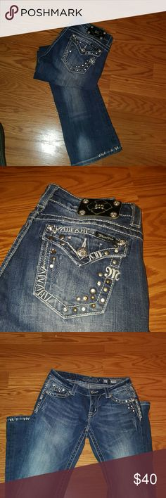 Miss me jean :) Bootcut Miss Me jeans 27. exelent condition . Very clean. Miss Me Jeans Boot Cut