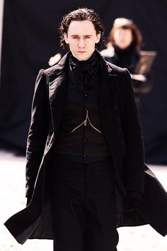 Sir Thomas Sharpe. (Source: http://hiddlesbeard.tumblr.com/post/83203631435)