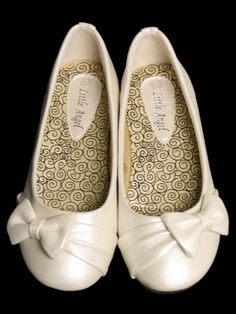 Ivory Childrens Flat Shoes W Bow 23