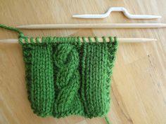 Fibra Flux ... Aventuras en costura: de la costura Biblioteca de tejer ... Como hacer Cables o trenzas