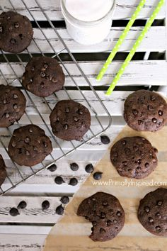 Double Chocolate Peppermint Cookies @kellywinters126 #paleo