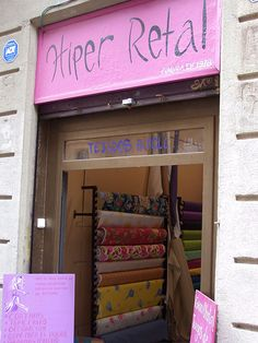 Hiper Retal C/ Rec Comtal, nº Bajos Barcelona. Shopping In Barcelona, Textiles, Sewing Tutorials, Ideas Para, Boho Chic, Fabric, Pattern, Blog, Furniture
