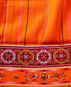 Muhu põll Costumes Around The World, 7 Continents, Island Design, Folk Costume, Ethnic Fashion, Craft Patterns, Folk Art, Evolution, Scandinavian