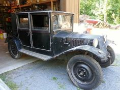 Have something similar for sale? List it here on Barn Finds! Vintage Cars, Antique Cars, V8 Cars, Ford V8, Rusty Cars, Heavy Duty Trucks, Car Museum, Interior Photo, Barn Finds