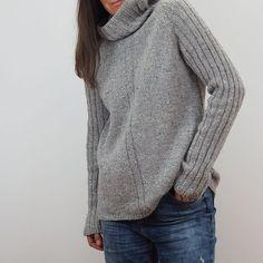 Теплый свитер как вязать спицами