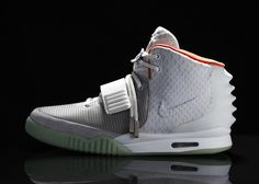 The Nike Air Yeezy II by Kaney West....  WOOOOW