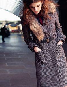 Max, cappotto con collo in pelliccia  La collezione Max autunno inverno 2012-2013