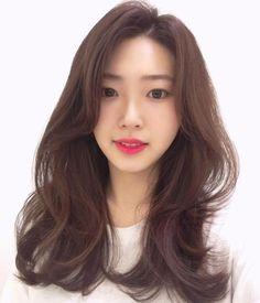 Medium Hair Cuts, Long Hair Cuts, Medium Hair Styles, Curly Hair Styles, Wavey Hair, Long Curly Hair, Permed Hairstyles, Pretty Hairstyles, Korean Hair Color