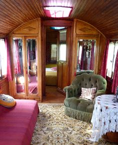 Les Roulottes de la Serve, Provence, France: Gypsy (Roma) circus performers once traveled through the French countryside in the three restored caravans that now welcome guests.    Read more: http://www.budgettravel.com/slideshow/worlds-weirdest-hotels,8023/?src=inset#ixzz1ffujHGiA