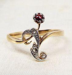 Antique / 14ct Gold Art Nouveau Flower Vine Ring with Garnet and Diamonds Size O 1/2