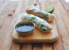 ▲ garlic chicken spring rolls.