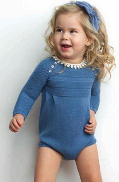 Pilar Batanero Knitting For Kids, Baby Knitting, Crochet Baby, Little Girl Fashion, Kids Fashion, Knitted Romper, Baby Sweaters, My Baby Girl, Baby Dress
