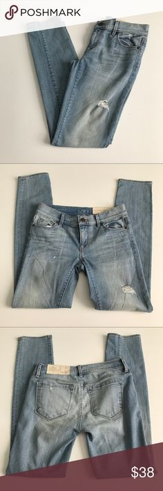 """LOFT Modern Skinny jeans. Ann Taylor LOFT NWT 'Modern Skinny' fit jeans. Light wash with factory distressing. Size 00 Petite. Waist measures 13.5"""" flat across. Rise 7"""". Inseam 28.5"""". Sorry, no trades & I am unable to model. LOFT Jeans Skinny"""