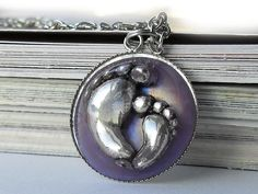 Antique silver tone Big Feet resin necklace  @janimie  #janimiegiveaway