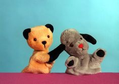 Sooty and Sweep! Uk Tv Shows, Kids Tv Shows, Great Tv Shows, 1980s Childhood, My Childhood Memories, Retro Kids, Vintage Tv, Baby Costumes, Classic Tv