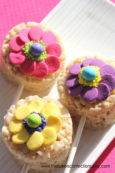 These flower rice krispy treats are oh so sweet!