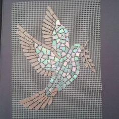 Colombe en mosaique pate de verre et emaux de briare