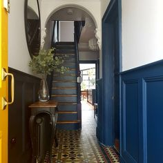 I haven't done a throwback in a while so here's before and after shot of our hallway. Victorian Terrace Hallway, Edwardian Hallway, Victorian Terrace Interior, Victorian House Interiors, Victorian Cottage, Cottage Interiors, Victorian Homes, Victorian Bedroom, Yellow Hallway