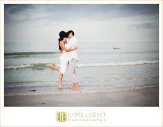 Sand Key Park, beach photos, engagement session, limelight photography, www.stepintothelimelight.com
