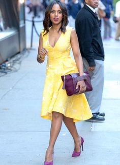 Kerry Washington in a Giles yellow floral print midi dress with a plunging cleavage and a hi-low hem styled with an Allstate Foundation purple pouch and matching Casadei suede pumps Lady Like, Look Fashion, Womens Fashion, Cool Style, My Style, Yellow Fashion, African Dress, African Fashion, Cute Dresses
