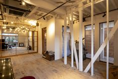 栃木県鹿沼市の理容室・美容室・カフェ vita
