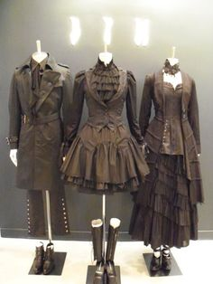 These Goth-Vic/steampunk pieces look amazingly authentic... like we're just being whisked back to the 19th century.