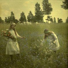 Alfonse Van Besten a romantic photographer. | Autochrome