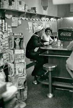Soda fountain.    Henri Cartier-Bresson, 1957.