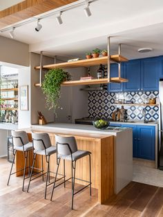 American Kitchen with Living Room – Project Industrial Kitchen Design, Kitchen Room Design, Living Room Kitchen, Dining Room Design, Home Decor Kitchen, Diy Kitchen, Kitchen Interior, Home Kitchens, Living Pequeños