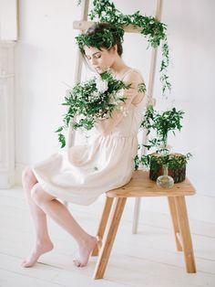 #spring #spring_bride Photography: Anastasiya Belik (www.anastasiyabelik.com) | Idea | Style: PEONY studio | Flower decor: Marina Shentyapina | MUAH: Maria Fufaeva | Furniture: STUDIO 12 | Calligraphy: PEONY studio | Model: Ekaterina Linde | Place: St. Petersburg, PEONY studio |  more on http://bridetips.ru/i-am-the-spring/
